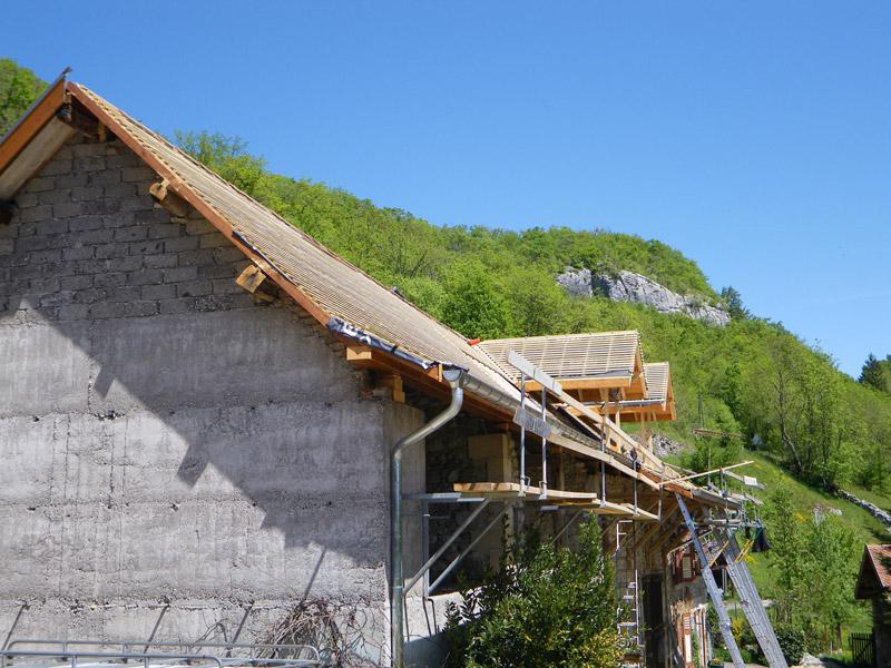 travaux toiture is re grenoble voiron et r novation toit mtt bois. Black Bedroom Furniture Sets. Home Design Ideas